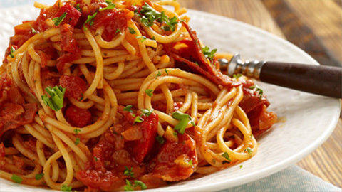 Spaghetti with Pepper Sauce